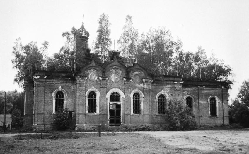 Храм Тихвинской иконы Божией Матери 1989 год.